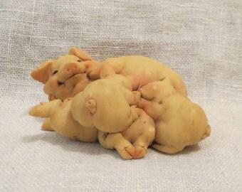 CLEARANCE Pigsville 1992 Mama Pig Figurine #1307
