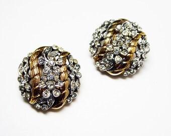 Rhinestone Clip on Earrings - Vintage Crown Trifari Signed - Clear Rhinestones - Twisted Goldtone & Silvertone - Mid Century Modern Jewelry