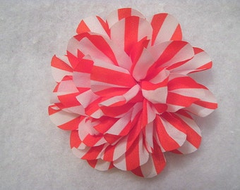 """4.50"""" Large Striped Silk Flower Red And White"""