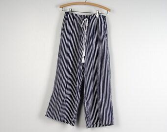 blue and white striped Ralph Lauren linen cotton drawstring pants 90s high waist baggy nautical resort wear capri pants women medium large