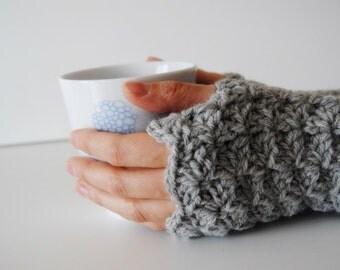 Light grey fingerless gloves, crocheted, handmade, ready to ship