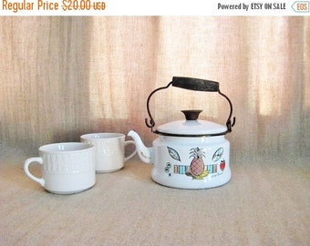 Happy 4th with 40% Off Sweet Tea Kettle with Georges Briard Ambrosia Design / White Enamelware Tea Kettle / Vintage Teapot