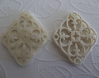 Cream Filigree Diamond - 40X33mm Connector or Pendant - Lacy Laser Cut - Two-Sided - Lucite from Germany - Qty 1