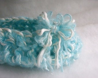 Crochet Newborn Cocoon Baby Nest photo prop Baby Cocoon basket Photography prop Blue sky Baby cocoon Three Sizes