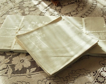 Linen Damask Tablecloth and 8 Napkins Vintage Ivory New Unused