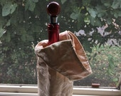 Wine Tote 1606E  Golden Brocade Wine Tote, Reversible With the Same Fabric, Wine Tote, Wine Bag, Wine Cozy, Bottle Bag, Gift, Holidays, Wine