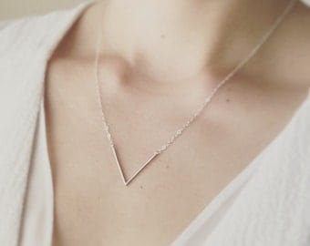 Silver V Necklace/ Minimal V Necklace/ Layered V Necklace/ Simple V Necklace/ Dainty Necklace/ Minimalist Jewelry/ Thin V Necklace