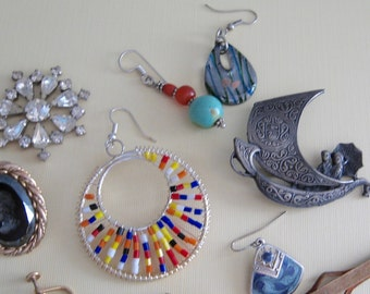 Jewelry Bits and Baubles 11 Pretties for Crafting, Sewing, Collage, Steampunk, Mixed Media, Abstract, Parts, Supplies