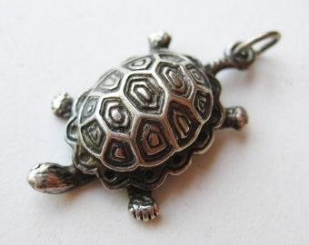 Vintage Fine Sterling Silver Turtle Necklace Pendant