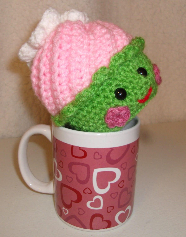Kawaii Amigurumi Cupcake Keychain : Pink Kawaii Cupcake Pink Cupcake Amigurumi Cupcake by ...