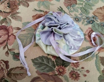 Vintage Jewelry Pouch Draw String 1980s Floral Pattern Lilac Pale Yellow