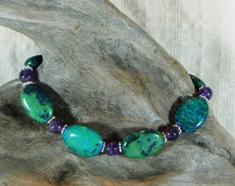 """Teal blue chrysocolla and purple amethyst bracelet 8"""" long February aqua green semiprecious stone jewelry packaged in a gift bag 12085"""