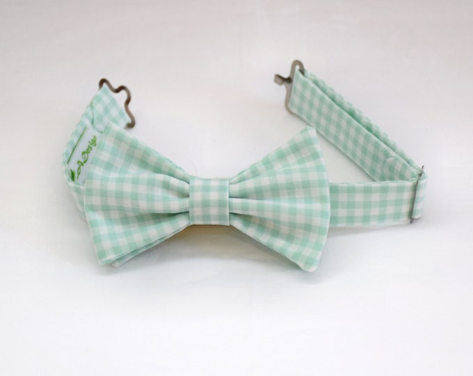 Boy's pre-tied Bow Tie in mint & white/seafoam gingham, father/son matching ties, wedding accessory, toddler bow tie, ring bearer bow tie,