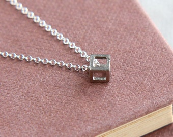 SALE, Cube Necklace, Tiny Cube Pendant Necklace, Geometric Necklace, Cube Jewelry, Simple Necklace, Festival Jewelry, Everyday Jewelry