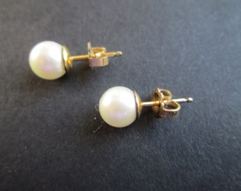 Genuine pearls on gold filled studs- vintage- 7mm cultured pearls