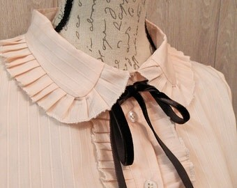 "SALE: Classic Lolita ""Vintage"" Shirt, Casual, Gothic Lolita Blouse, Otome, Ready to ship"