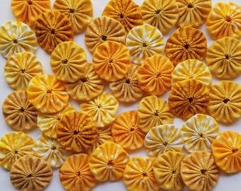 40 Assorted Yellow Prints 1 inch  Fabric Miniature Yo Yos Applique Quilt Pieces Scrapbooking Embellishments