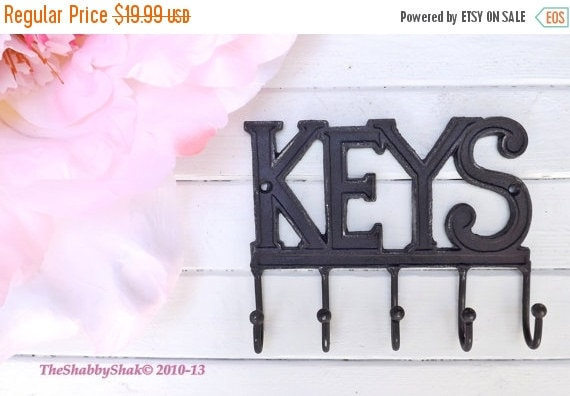 On Sale Key Rack/  Rustic Black /Metal wall hook / Key Hanger / Car Keys / House Keys / Shabby Chic Decor