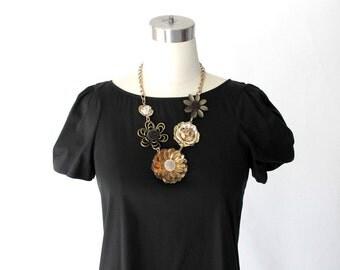 1960s Floral Statement Necklace //60s  Vintage Mixed Metal Flower Necklace