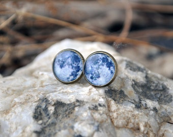 Moon tiny earrings post - earrings post moon, small posts jewelry, astronomy planet galaxy vintage earrings, full moon post - ready to ship