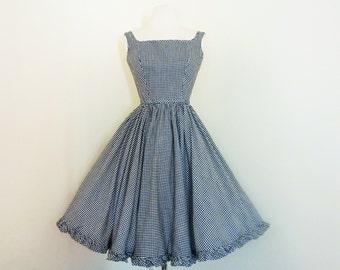 Mon Chéri... vintage 1960's Lanz Originals black and white gingham dress