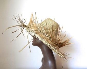 1950s Wide Brim Hat - straw sun hat - vintage tiki resort beach accessory
