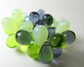 Sea Waters Aqua Mint Green Mix Czech glass 9mm x 6mm top drilled teardrop jewelry beads (25)