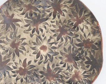 Sunflower Imprint Ceramic Decorative Plate Rustic Contemporary Clay Art Tray Organic Pottery Showcase Dish One-Of-A-Kind Home Accent
