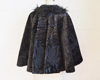 Antique Cape 1890s Victorian Velvet Cape with Jet Beading Soutache Trim Black Fur Trim Dark Brown Velvet and Black Heavy Lined Interlined