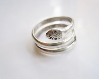 Vintage Egyptian Ring - Silver Snake Ring - Serpent Snake Jewelry - Ethnic Jewelry - Egyptian Jewelry