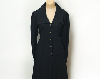 Vintage 60s Dress /  60s dress /Mod Scooter dress / Black Dress /  Secretary Dress / Button down / Mod dress / 1960s dress / Vintage dress