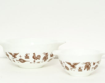 Vintage pyrex / Pyrex Bowls Set / Mixing Serving Bowl, Housewares, Kitchenwares / Americana Eagle Pyrex Nesting Bowls /