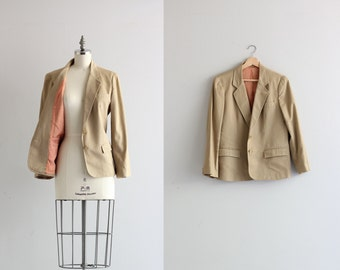 Vintage Womens Blazer . Preppy Camel Blazer Jacket