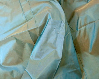 Silk Taffeta Premium Quality in Blue with  brown shimmer - fat quarter -TFP 48