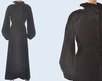 1920s Long Velvet Opera Coat size S