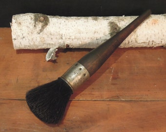 Very Vintage Artists Paint Brushes / Natural Horse Hair Bristles / Wooden Handle / Paint Brushes / Mop Brush