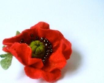 Felted brooch Poppy flower- Flowers Brooch - Felted Flower Brooch- Wool brooch