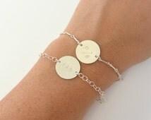 SILVER Personalized Name Disc Bracelet, Custom Name Bracelet, Couples Bracelet, Name ID Bracelet, Silver Link Bracelet, Bridesmaid Gift Idea