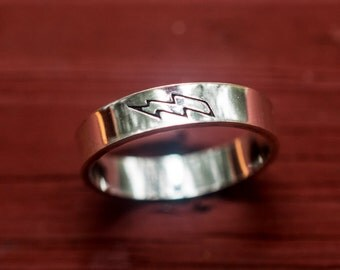 Lightning Flash ring - Sterling Silver Ring - Personalized Ring - Stamped Ring - Running Ring - Inspirational Ring - Sporty Girl Jewelry