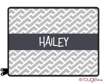"ZIG ZAG REVERSE personalized laptop sleeve 13"" or 15"" - monogram -elastic tabs give you the option to keep the sleeve on while you work"