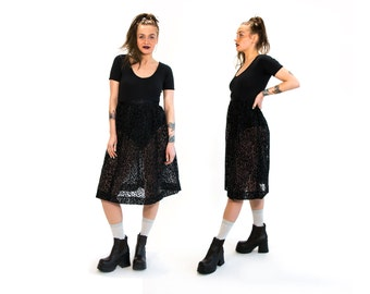 Vintage 80's Sheer Black Leopard Print Velveteen Textured Billowy Skirt Elastic Waist High Fashion Material Girl Women's Small Vtg Vg