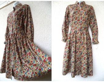 1950s DAY DRESS. Full Skirt. Cotton Day Dress. 1950s Floral Dress. Modest Cut Dress. Shirtwaist Dress. New Old Stock. Original Tags. S to M