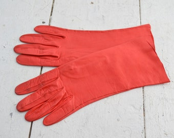 1950s Madova Italian Red Leather Gloves, Size 7