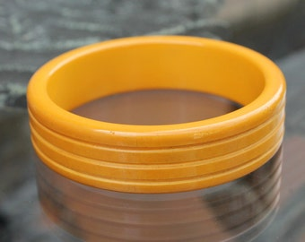 Butterscotch Resin Bangle with Groove Carving