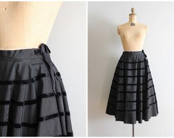 1950s black taffeta full party skirt - jet black taffeta skirt / 50s skirt - taffeta & velvet ribbon trim / 50s holiday skirt - net slip