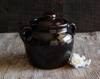 Vintage Ceramic Crock Pot