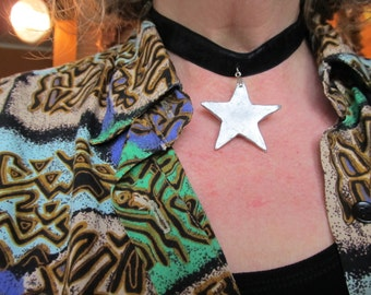 Choker Necklace Black Velvet with Silver Star Silver Tone Findings Geometric Wizard a True Star