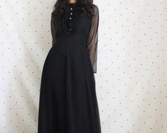 1960s 70s Tuxedo Dress//Vintage 60s accordion skirt gown//Designer Jack Bryan black gown//Mod Mock collar vinta