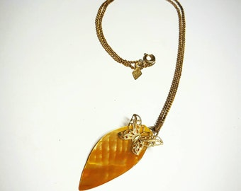 SALE Vintage Opalecent Golden Yellow Creme Mother of Pearl Coral Shell Leaf Pendant w/Attached Gold Metallic Butterfly Charm FREE SHIPPING