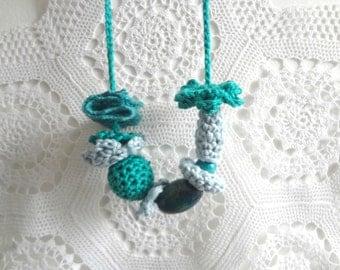 Little Miss Crochet Jewelry Kit 3- crochet necklace, girls necklace,flowers,flower set,crochet jewelry, flower necklace,crochet accessories